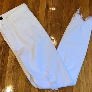 Express White Denim Legging. Ankle Length. Size 4R